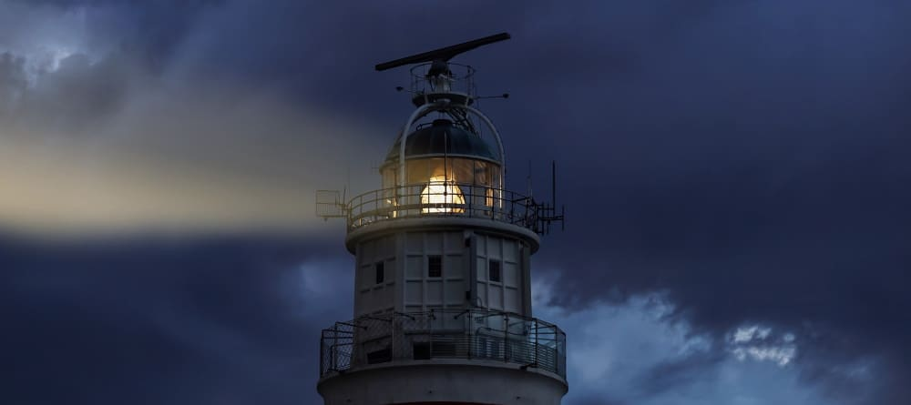 lighthouse-4846854_1000